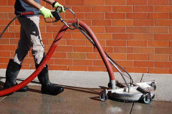Glide Rite Carousel 5 Power Washing Concrete